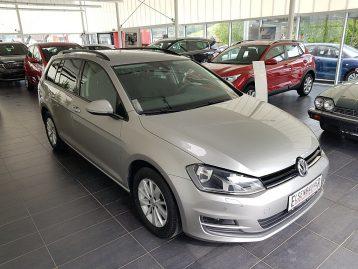 VW Golf Variant Rabbit 1,2 TSI bei Autohaus Elsenbaumer in